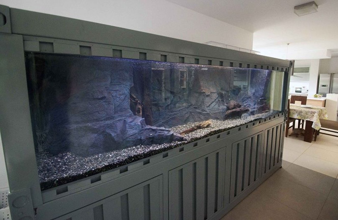 fish tank picture - 10 footer Container Van Tank